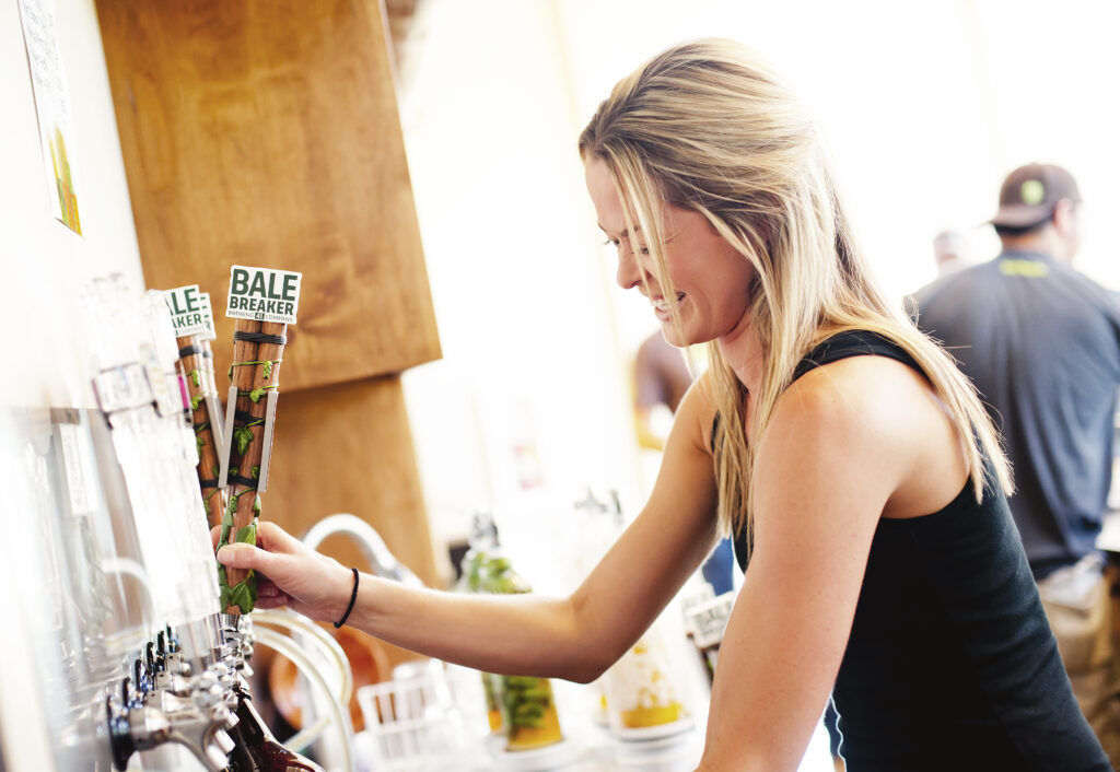 WOMEN AND CRAFT BEER:    Brewing Networks & Profits One Beer at a Time