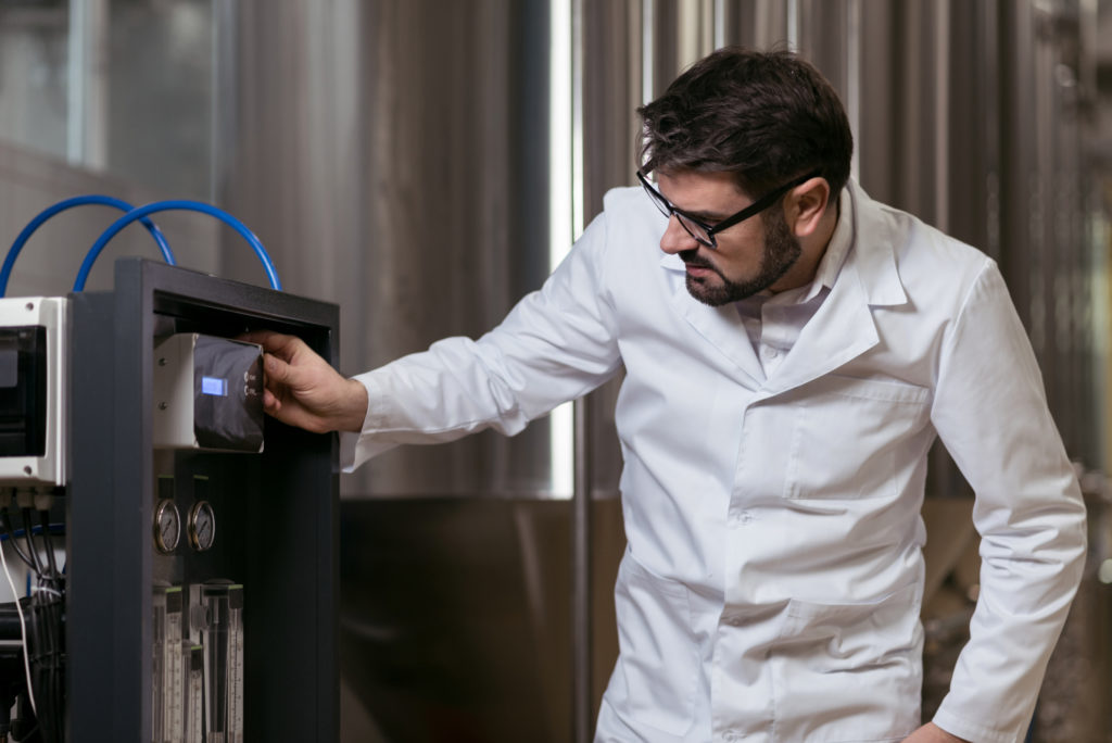 """""""SMART"""" Brewing:   Innovation & New Technology for Craft Breweries"""
